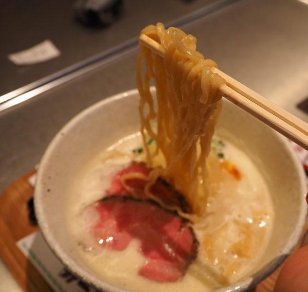 塩ラーメン 麺