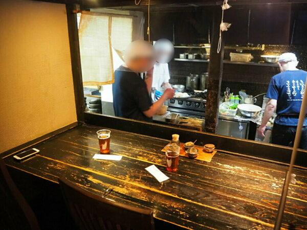 山本麵蔵 店内3